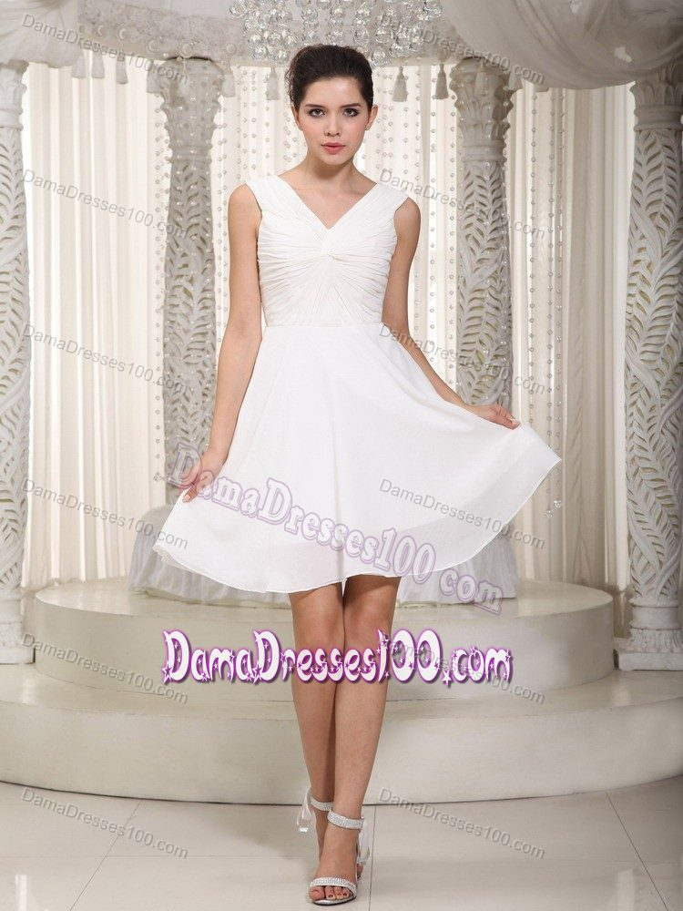 f868336e52 Simple Style V-neck White Short Quinceanera Dama Dress on Sale