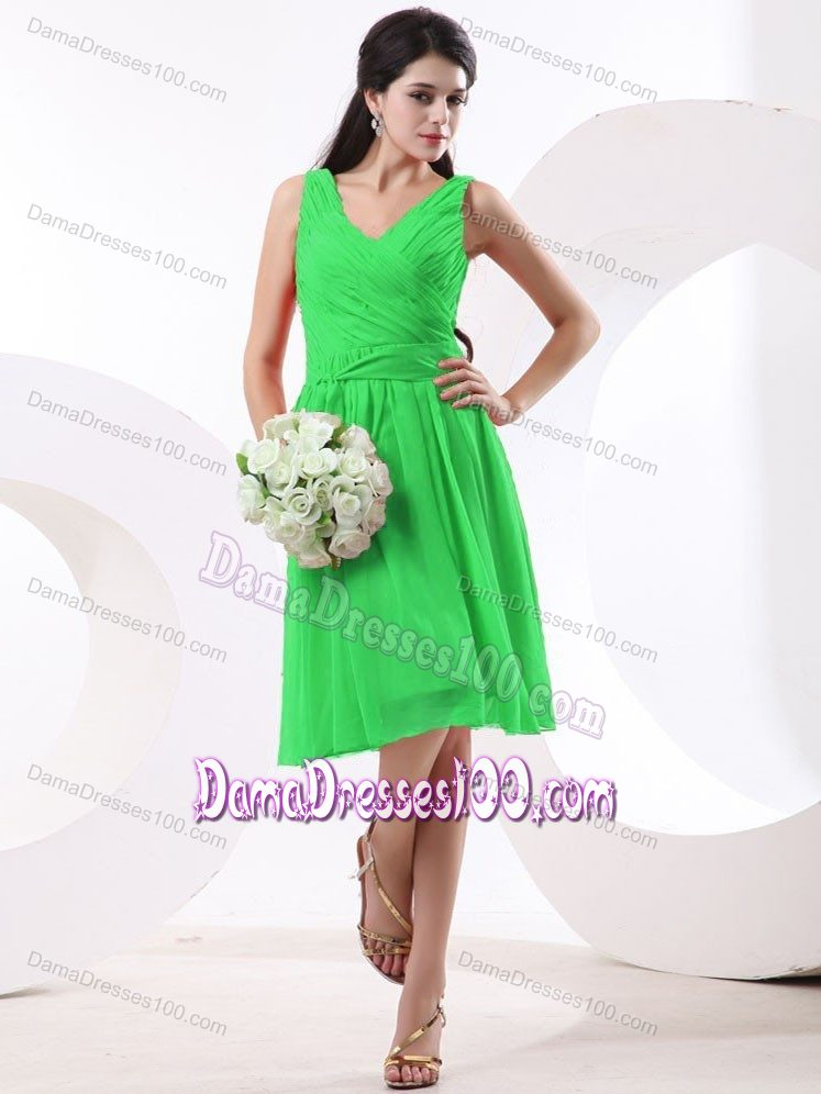 aae40fbe0ec Knee-length V-neck Green Quinceanera Damas Dresses Ruched