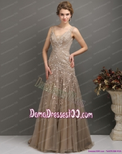 2015 Feminine Empire Fabulous Dama Dresses with Brush Train and Appliques