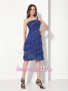 Beaded One Shoulder Knee Length Plus Size Dama Dresses with Ruffled Layers