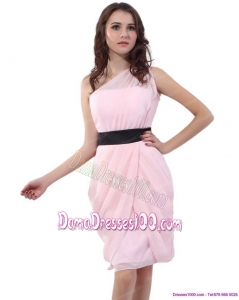 2015 Baby Pink One Shoulder Short Dama Dresses with Ruching