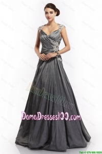 2016 A Line Straps Appliques Dama Dresses with Brush Train