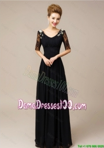 2016 Gorgeous Half Sleeves Laced Black Prom Dresses with V Neck