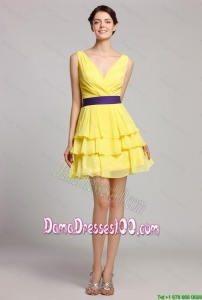 Best Selling Short V Neck Ruffled Layers Dama Gown in Yellow