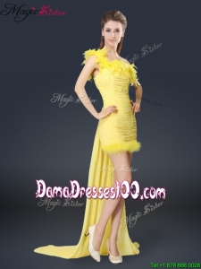Most Popular One Shoulder Watteau Train Dama Dresses in Yellow