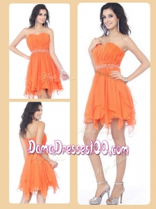 Cheap Sweetheart Beading and Ruching Short Dama Dresses in Orange