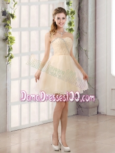 2015 Sturning Sweetheart A Line Dama Dress with Beading