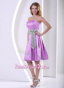 Lavender A-line Knee-length Dama Dress With Sequins Decorated Sash