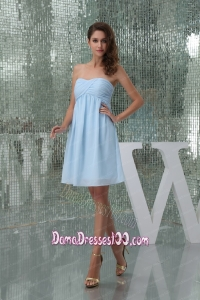 Sweetheart Ruched Baby Blue Knee-length Dama Dress for Girls