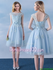 Simple Applique and Belted Cap Sleeves Short Dama Dress in Light Blue