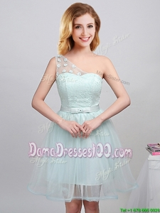 Simple One Shoulder Princess Laced Bodice and Applique Dama Dress with Belt