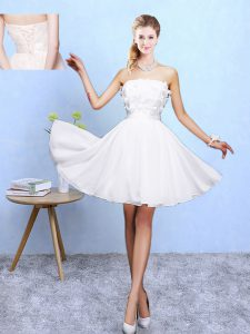 Fashionable Chiffon Sleeveless Knee Length Dama Dress for Quinceanera and Appliques