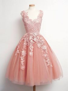 V-neck Sleeveless Quinceanera Court of Honor Dress Knee Length Lace Peach Tulle