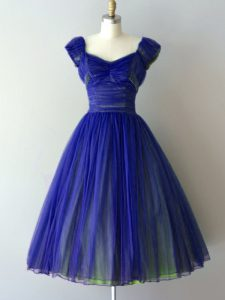 Royal Blue A-line Chiffon V-neck Cap Sleeves Ruching Knee Length Lace Up Dama Dress for Quinceanera