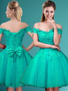 Pretty Knee Length Lace Up Vestidos de Damas Turquoise for Prom and Party with Lace and Belt