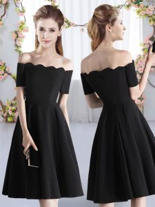 Off The Shoulder Short Sleeves Zipper Quinceanera Court of Honor Dress Black Satin