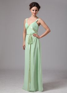 Apple Green V-neck Straps Prom Dresses For Dama with Cool Back