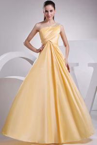 Yellow One Shoulder A-line Beading and Ruching Dama Dress
