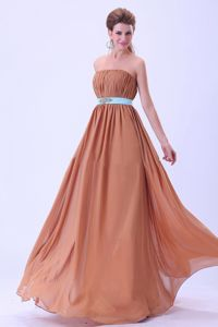 Rust Red Chiffon Quinceanera Dama Dresses with Mini Belt and Beads