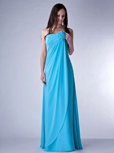 Discount Aqua Blue Strapless Dama Dress with Hand Made Flowers