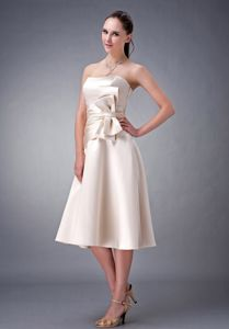 Champagne Tea-length Dama Dress For Quinceaneras with Big Bow