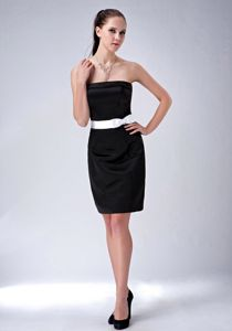 Black Strapless Mini-length Damas Dresses For Quince with White Bow