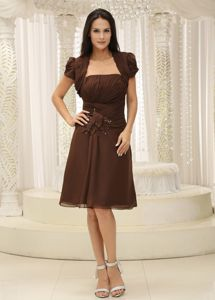 Modest Chiffon Strapless Ruched Brown Short Dress for Damas