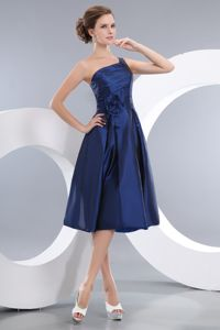 One Shoulder Ruched Royal Blue Quince Dama Dress with Flower