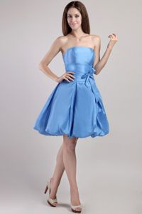New Strapless Puffy Blue Short Quince Dama Dresses with Sash