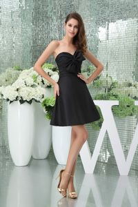 Mini-length Sweetheart Black Dresses For Damas with Bowknot