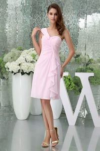 Chiffon Short One Shoulder Baby Pink Dama Dress with Ruches