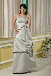 Grey Halter Quince Dama Dresses in Floor-length Satin with Bow