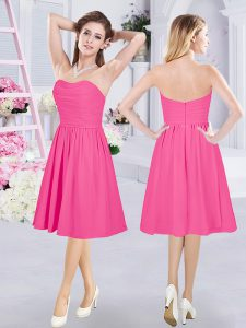 Amazing Sweetheart Sleeveless Vestidos de Damas Knee Length Ruching Hot Pink Chiffon