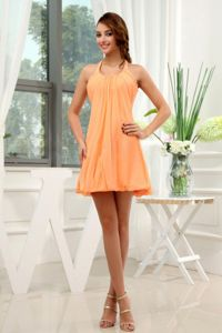 A-Line Halter Top Chiffon Dama Dress For Quinceaneras in Orange