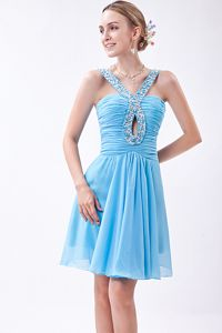 Baby Blue V-neck Party Dama Dresses with Beading in Chiffon