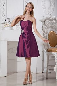 A-line Taffeta Appliqued Dresses For Damas with Beading in Purple