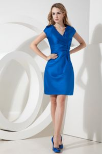 Royal Blue V-neck Ruched Cocktail Dresses For Dama Mini-length
