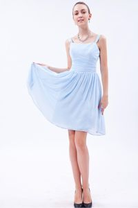 Straps Knee-length Ruched Prom Dresses For Dama in Baby Blue