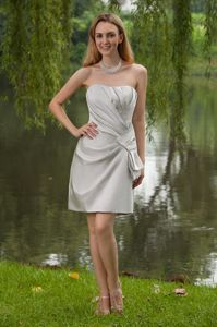 Grey Strapless Short Ruched Bridesmaid Dama Dresses in Satin