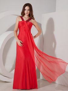 Red V-neck Chiffon Dama Dress For Quinceaneras with Beading