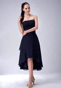 Strapless High-low Ruched Dama Quinceanera Dresses in Navy Blue