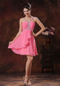 V-neck Short Beaded Dama Dress For Quinceaneras in Watermelon