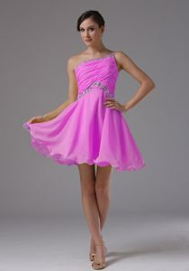 One Shoulder Short Beaded Pink Quince Dama Dresses with Ruche