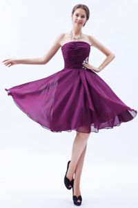 New Strapless Knee-length Dark Purple Dama Dress with Appliques