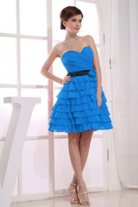 Sweetheart Knee-length Teal Dama Quinceanera Dresses with Ruffles