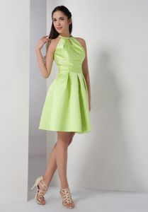 High-neck A-line Ruched Yellow Green Bridesmaid Dama Dress