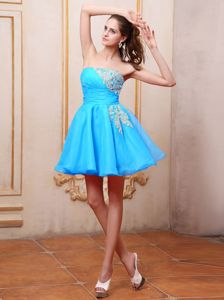 Mini-length Baby Blue Dama Dress for Quince With Appliques