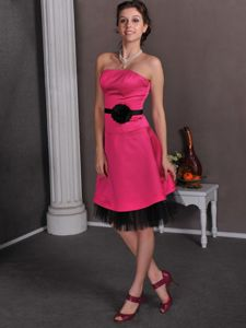 Empire Short Hot Pink Damas Dresses with Hand Made Flowers