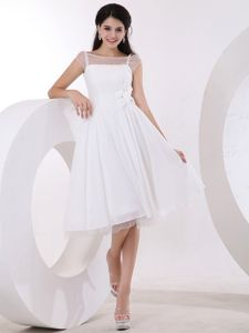 A-line White Hand Made Flowers Knee-length Dress for Damas