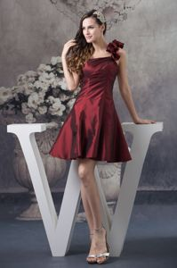 Burgundy Mini-length One Shoulder Quinceanera Dama Dresses